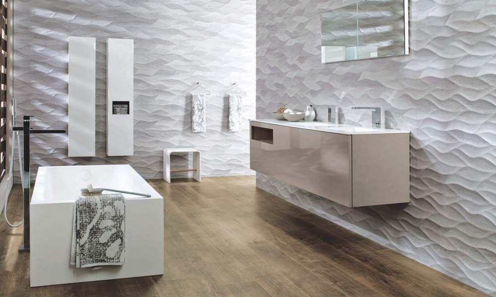 Плитка для ванной с волнистыми линиями